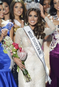 1384096057_miss-universe-2013-miss-venezuela-gabriela-isler_1