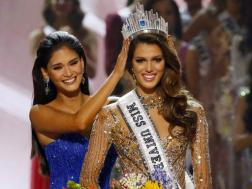 pia-with-miss-france2